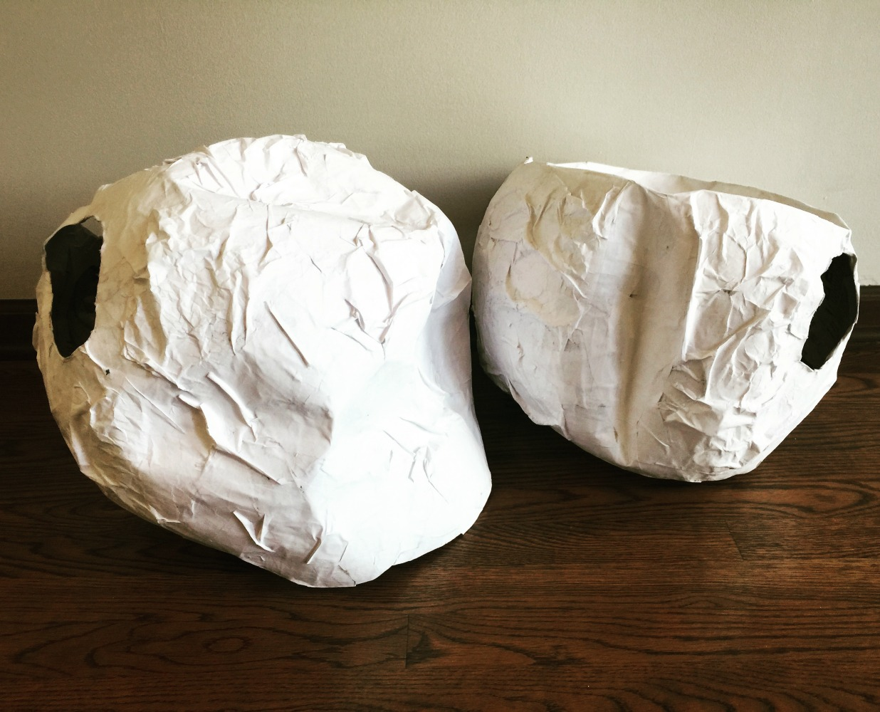 Diy halloween costume paper mache rocks for Papier mache rocks
